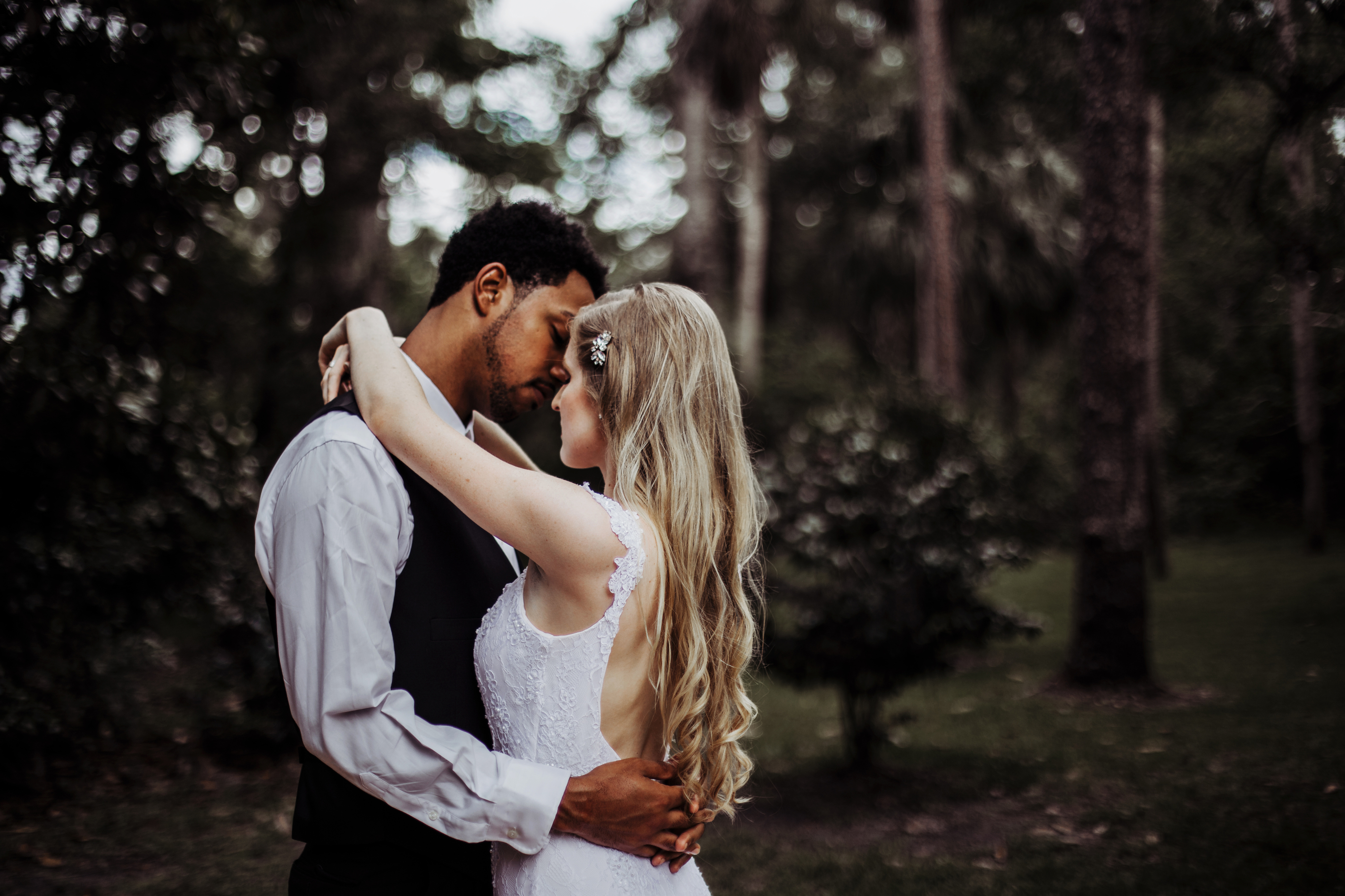 Wedding Photography & Engagement Photography, bride and groom in forest