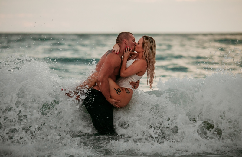 Longboat Key Photographer | Anniversary beach session