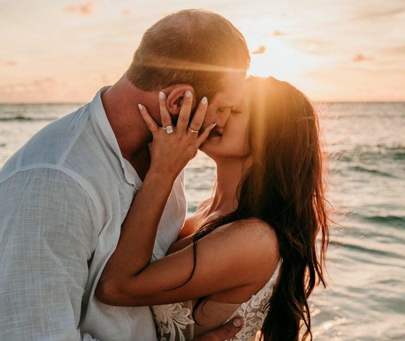 Anna Maria Wedding Photographer | Beach wedding photos